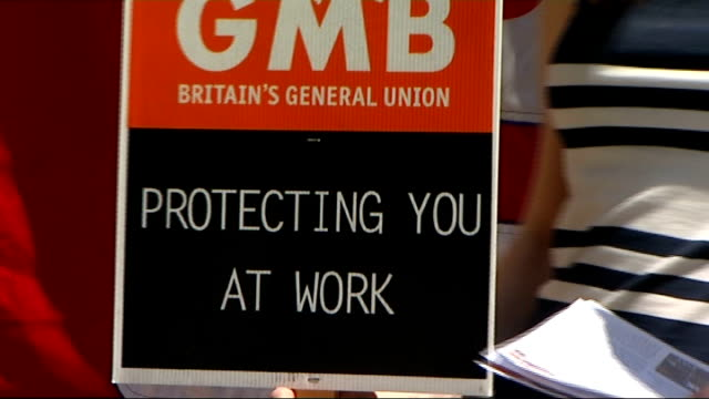 union cuts labour party funding by a million pounds; r20061201 / 20.6.2012 striking gmb workers outside british medical association building 'gmb... - trade union stock videos & royalty-free footage