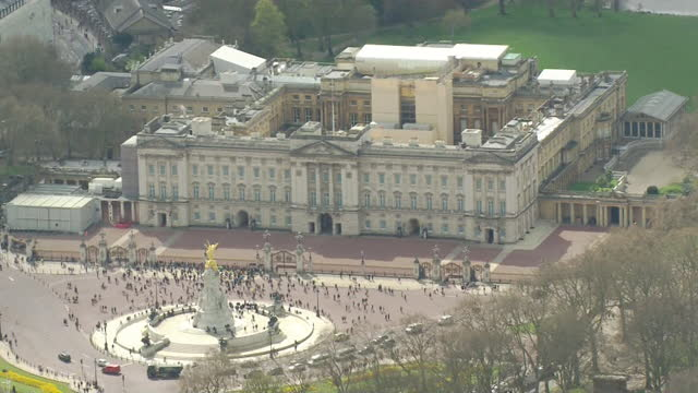 union jack flag at half mast above buckingham palace, following the death of prince philip, duke of edinburgh - national flag stock videos & royalty-free footage
