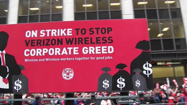 CWA union strikers outside Verizon store on New York's Wall Street More then one thousand Verizon workers along with CWA Local 1101 and unions from...