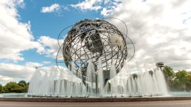 unisphäre in flushing meadow park, new york city - queens stock-videos und b-roll-filmmaterial