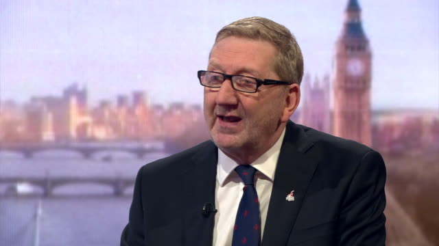 unite general secretary len mccluskey saying the labour leadership challenge to jeremy corbyn has failed and that corbyn is made of stronger stuff - 労働党点の映像素材/bロール
