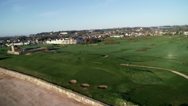 united kingdom, channel islands, jersey, gorey, royal jersey golf course - 英国海峡 チャンネル諸島点の映像素材/bロール