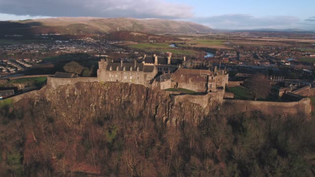 united kingdom, scotland, stirlingshire, aerial view of stirling castle and the wallace monument - stirling stock videos and b-roll footage