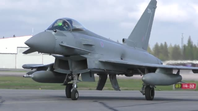 united states and european aircraft conduct flight operations in suport of arctic challenge exercise at kallaz air base sweden 30 may 2019 aircraft... - forze armate britanniche video stock e b–roll