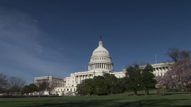 vidéos et rushes de ws, zi, united states capitol, washington, dc, washington, usa - style néoclassique