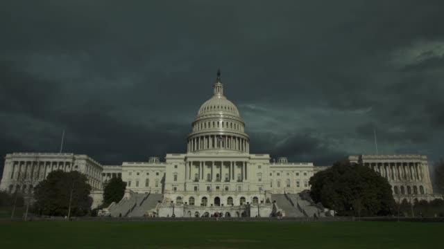 アメリカ合衆国議会議事堂の西、ワシントン州, dc - 4 k/uhd 芝生 - 連邦議会議員点の映像素材/bロール