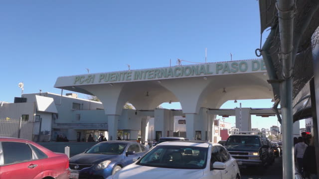united states mexico international border crossing - geographical border stock videos & royalty-free footage