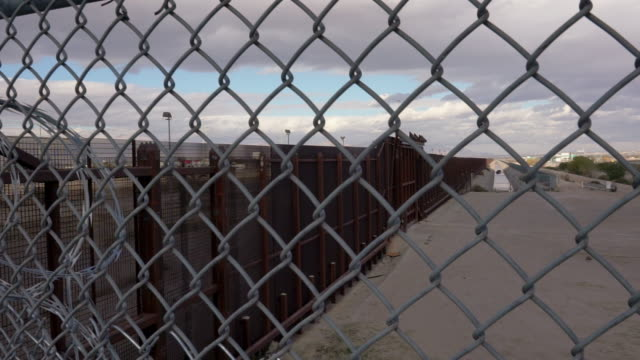 united states mexico international border crossing - international border stock videos and b-roll footage