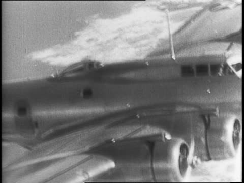 united states president fdr in his office speaking / flying fortresses flying in formation / pilot in a plane's cockpit / closer view of a flying... - festung stock-videos und b-roll-filmmaterial
