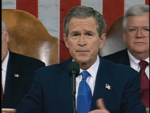 united states president george w bush talks about working with congress during his 2003 state of the union address - united states congress点の映像素材/bロール