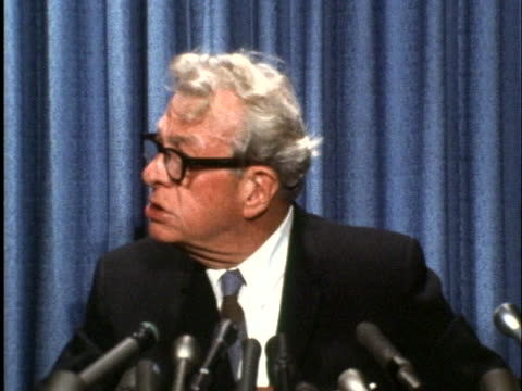 united states senator everett dirksen makes a statement concerning a u.s. military aircraft going down over international waters near north korea. - united states and (politics or government)点の映像素材/bロール