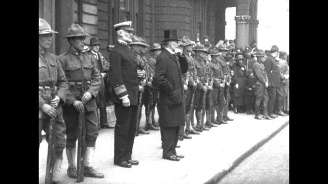 united states soldiers march in formation outside united states embassy / american ambassador to great britain walter hines page and viceadmiral... - 1910 stock videos and b-roll footage