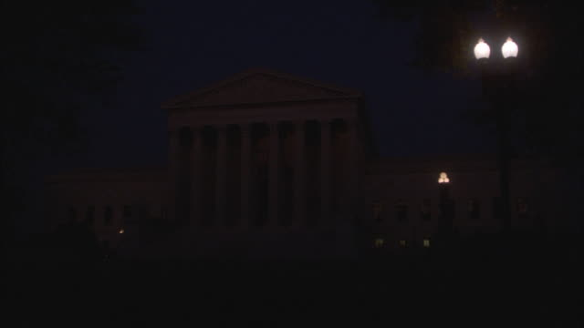 ms, zi united states supreme court building at night, washington, d.c., usa - us supreme court building stock videos & royalty-free footage