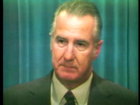 united states vice president spiro agnew refutes democratic presidential candidate george mcgovern's comments about president richard nixon's vietnam... - kritiker stock-videos und b-roll-filmmaterial