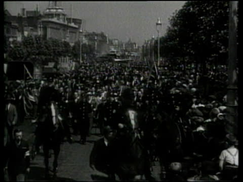 50000 english jews protest nazi persecution of jews in germany - judaism stock videos & royalty-free footage