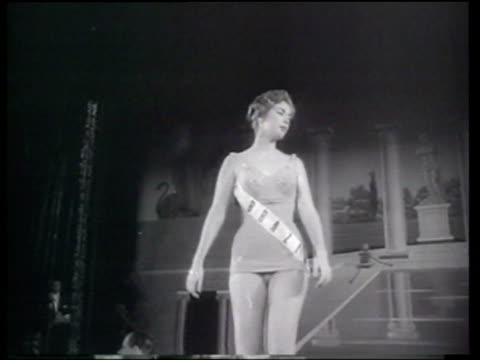 vídeos de stock, filmes e b-roll de akiko kojima miss japan wins the miss universe pageant - beauty queen