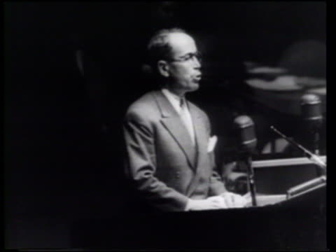vídeos de stock e filmes b-roll de as the french delegation quits the united nations general assembly over algeria the sultan exits morocco to partially ameliorate french colonial... - 1955