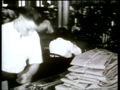 How We Lived Tailors provide the latest in men's fashions 1920s