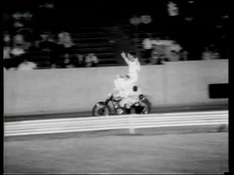 motor stunt display teams appear at show in chicago - stunt bildbanksvideor och videomaterial från bakom kulisserna