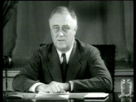 vídeos y material grabado en eventos de stock de president franklin roosevelt explains the decline of democracy in economically distressed nations - franklin roosevelt
