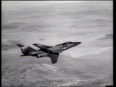 tactical air command f101 voodoos make round trip flights from los angeles to new york and back in 12 hours - us airforce stock videos & royalty-free footage