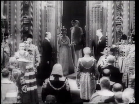 The Queen opens parliament