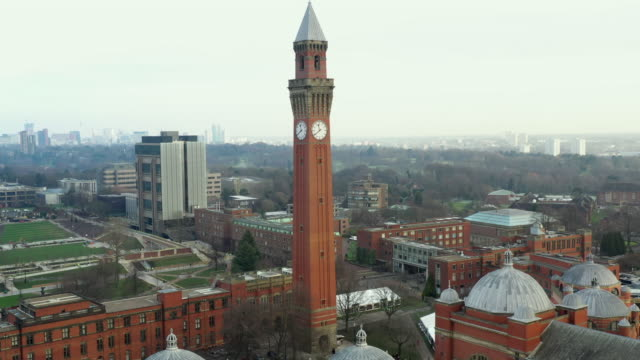university of birmingham clock tower - turmuhr stock-videos und b-roll-filmmaterial