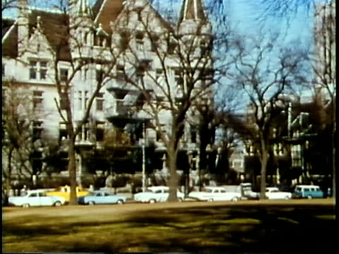 vidéos et rushes de 1963 ws pan university of chicago campus / chicago, united states / audio - illinois