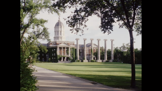 vídeos de stock e filmes b-roll de ws university of missouri campus / columbia, missouri, united states - missouri