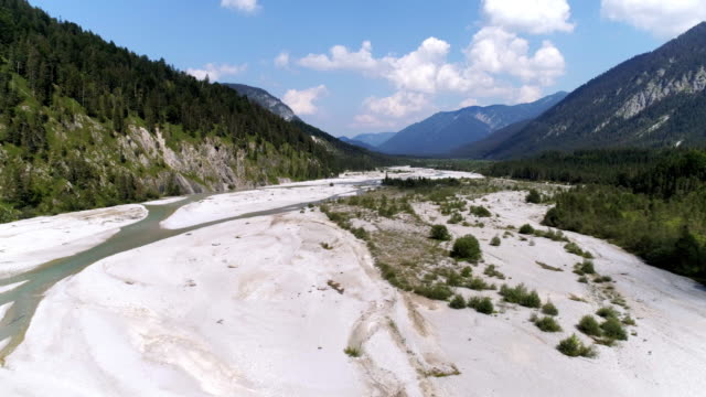 upper isar river viewed to the east towards lake sylvenstein - secco video stock e b–roll