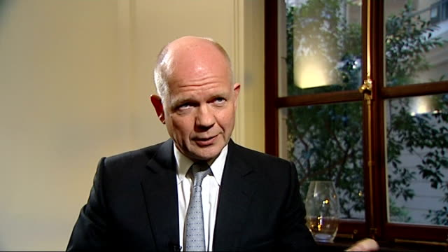 countdown to ceasefire ignored by forces of president assad / diplomatic moves england london william hague mp interview sot the annan plan does have... - will.i.am stock videos & royalty-free footage