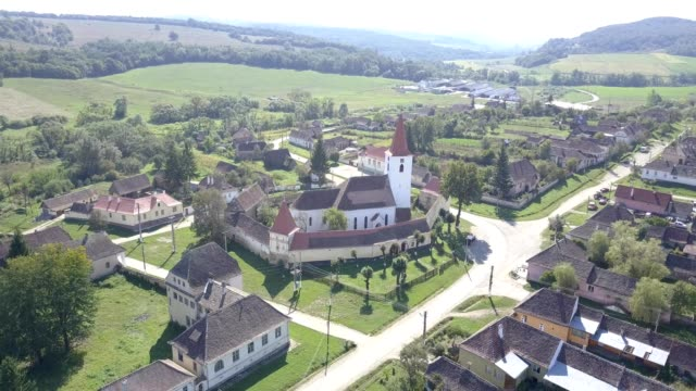 Upward flight near the fortified church in Bruiu