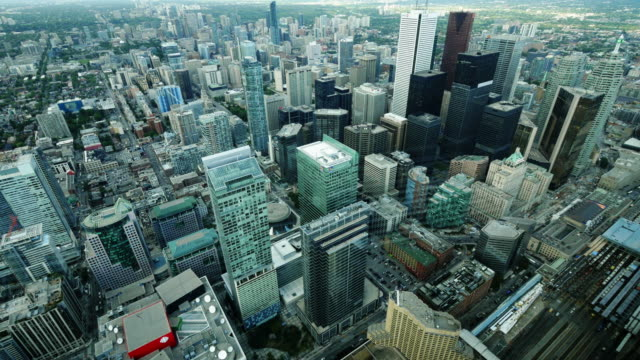 stockvideo's en b-roll-footage met urban city center toronto from above. wide shot, day - cn tower