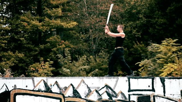 vídeos de stock e filmes b-roll de hd: urban samurai formação - vingança