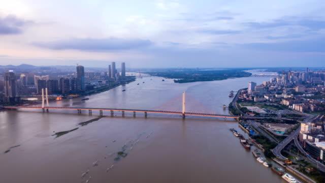 urban time-lapse photography in nanchang, china - ponte con catene ponte sospeso video stock e b–roll