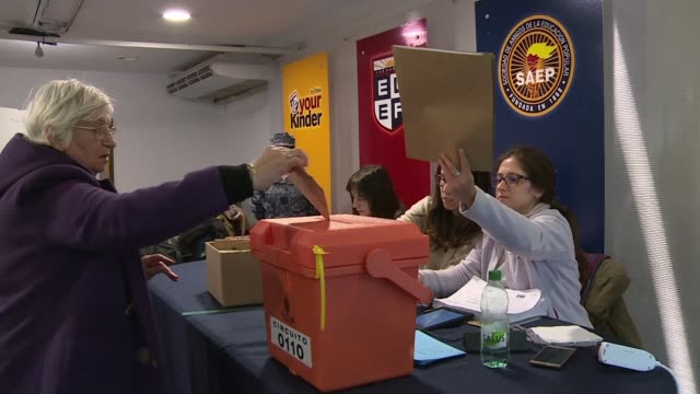 stockvideo's en b-roll-footage met uruguay holds primary elections to determine the party candidates ahead of the presidential elections of october 27 - presidentskandidaat