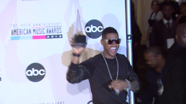 usher at the 40th american music awards - press room on in los angeles, ca. - usher stock videos & royalty-free footage