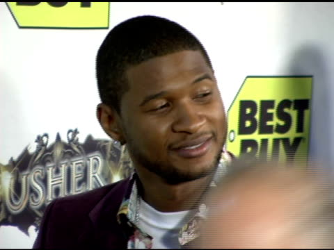 vidéos et rushes de usher at the exclusive truth tour dvd launch party hosted by usher at the hollywood roosevelt hotel in hollywood, california on october 18, 2005. - exclusivité