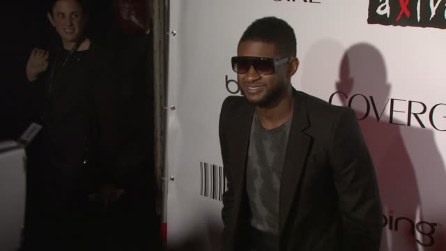usher at the keep a child alive's 7th annual black ball - red carpet at new york ny. - アッシャー点の映像素材/bロール