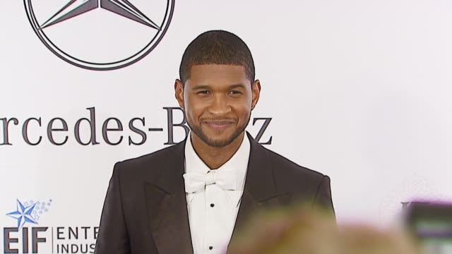 usher at the mercedes-benz presents the 17th carousel of hope ball at the beverly hilton in beverly hills, california on october 29, 2006. - usher stock videos & royalty-free footage