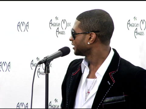 usher, winner of four awards at the 2004 american music awards press room at the shrine auditorium in los angeles, california on november 14, 2004. - usher stock videos & royalty-free footage