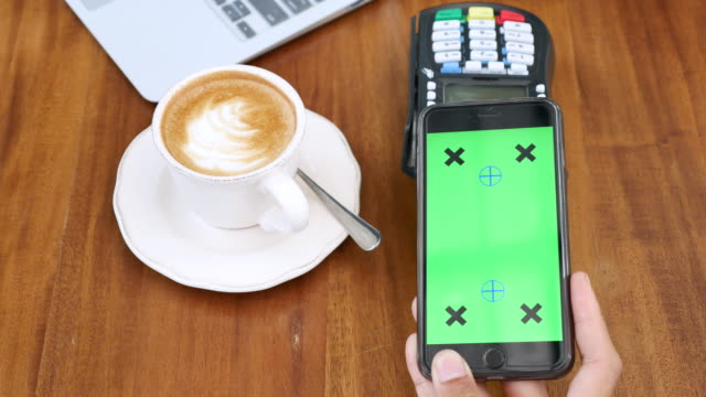 using mobile for contactless payment with green screen, chroma key - near field communication stock videos & royalty-free footage