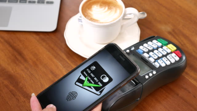 Using Mobile Phone payment at cafe, Contactless payment