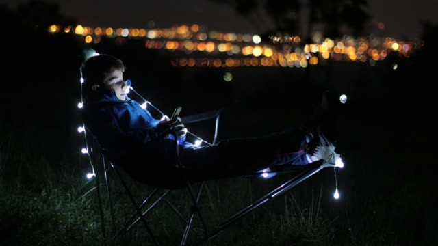 Using phone at night