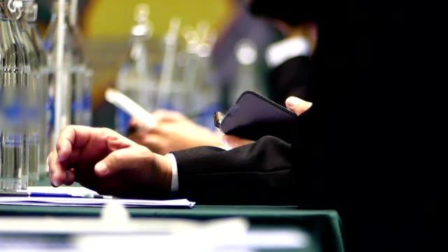 Using smart phone during seminar