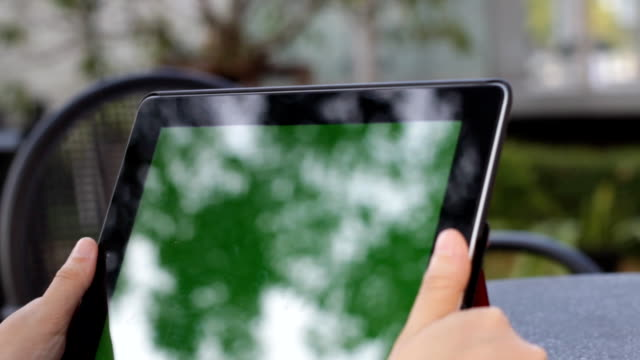 Using Tablet PC with a Green Screen