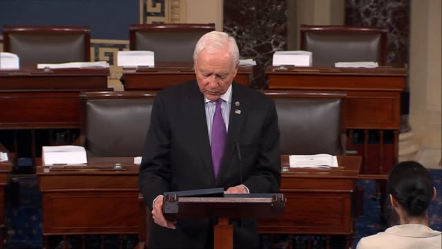 vídeos de stock e filmes b-roll de utah senator orrin hatch says that sometimes even small changes can have a huge impact on lives that innovative treatments to help those suffering... - investigação lei