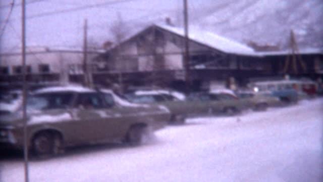 vídeos de stock, filmes e b-roll de utah inverno de 1972 - vintage car