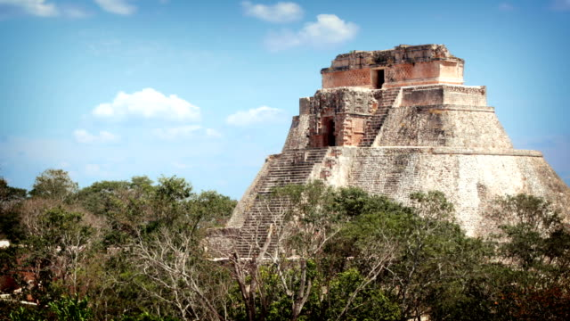 uxmal mayan pyramid, mexico - chichen itza stock videos and b-roll footage