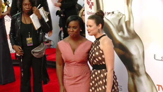 stockvideo's en b-roll-footage met uzo aduba and katie lowes at the 46th annual naacp image awards arrivals at pasadena civic auditorium on february 06 2015 in pasadena california - pasadena civic auditorium